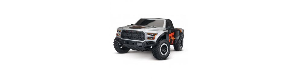 Traxxas Ford Raptor F-150 et Slash 4x2